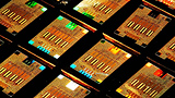 IBM Research dimostra il primo chip CMOS Silicon Photonics integrato