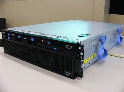 ibm_eseries_366.jpg